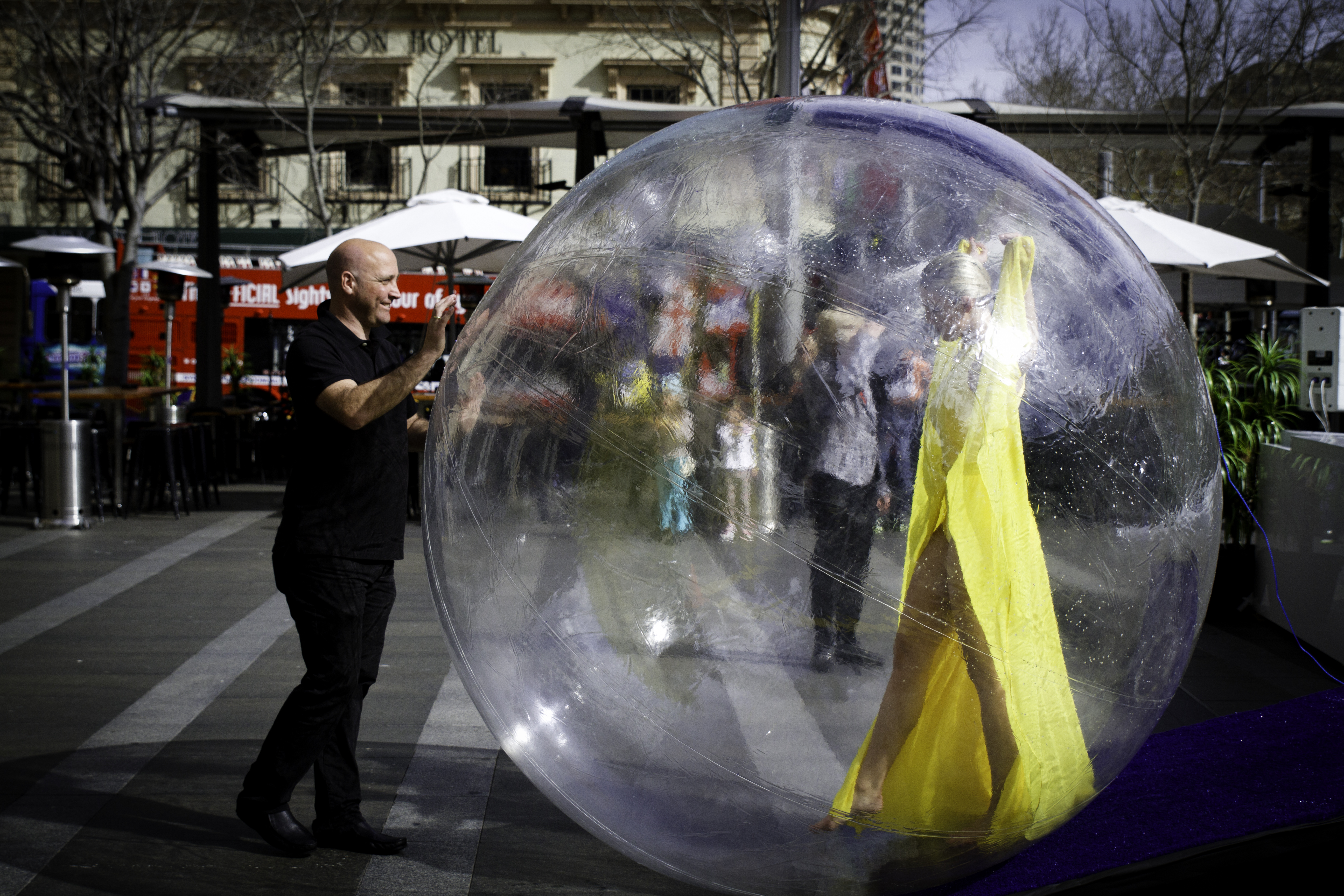 Beauty kept in a bubble | facespeoplelivein Quarantine Bubble